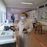 Надежда Дорофеева приняла участие в голосовании