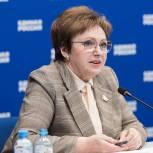 Псковское региональное отделение партии поздравляет Елену Бибикову с юбилеем