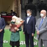 В Уфе жителям Кировского района вручили удостоверения «Дети войны»