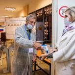 Александр Нестерук: Избирательная кампания в Псковской области проходит при соблюдении всех санитарных мер