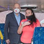 Вадим Супиков посетил мобильный пункт вакцинации в Пензе