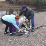 Верхнеуральские единороссы приняли участие в очистке берегов водоемов
