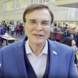 Депутат Госдумы Александр Максимов проголосовал на выборах в Кузбассе