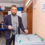 Эдуард Козлов отметил эффективность системы трехдневного голосования, которая очень комфортна для людей