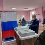 Денис Гусев проголосовал  на своем избирательном участке