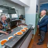 В школах Ягодного и Оротукана все  ученики 1-4 классов получают полноценные школьные завтраки