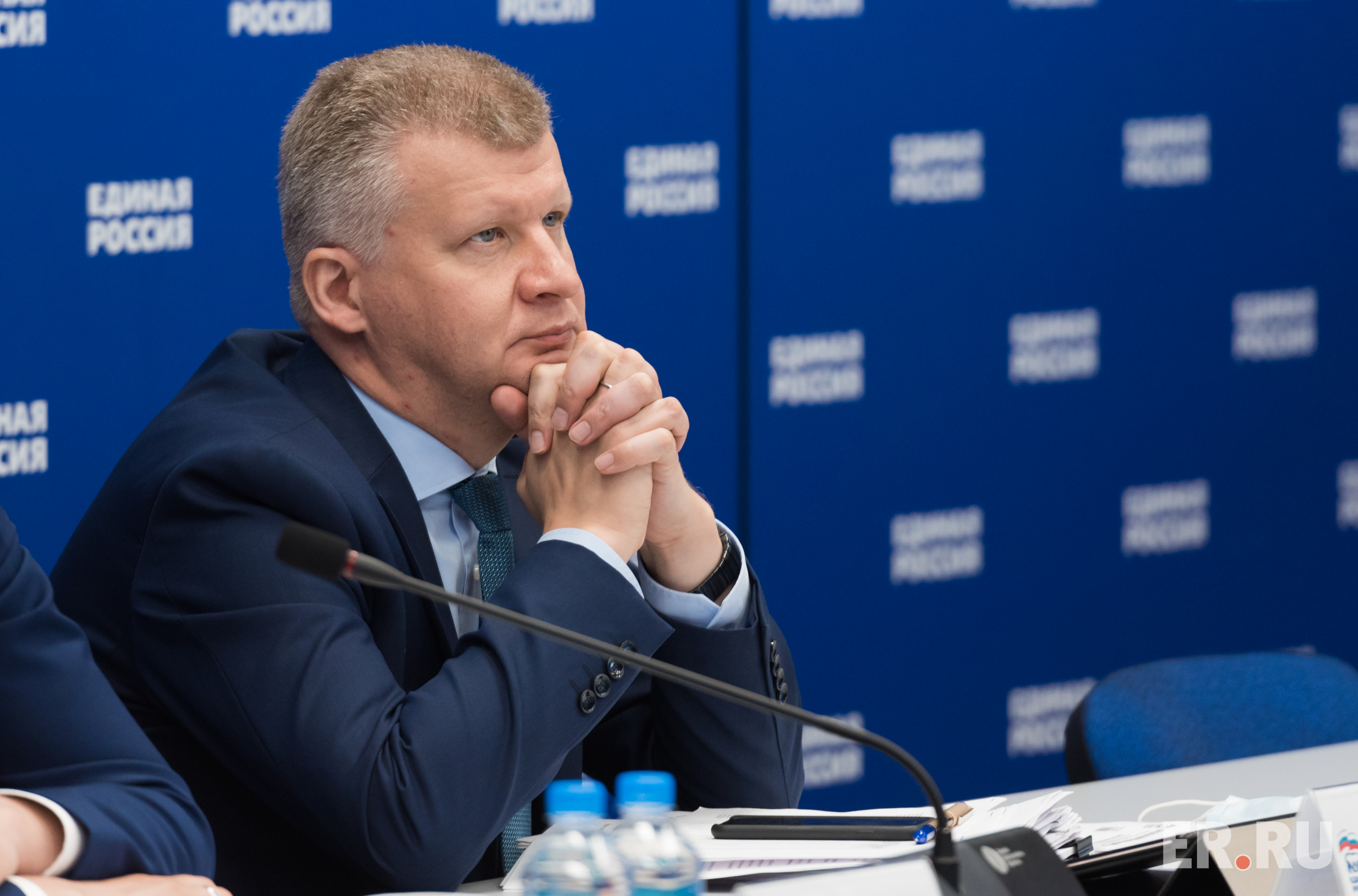 «Единая Россия» передала Минпросвещения реестр школ в регионах, нуждающихся в капремонте