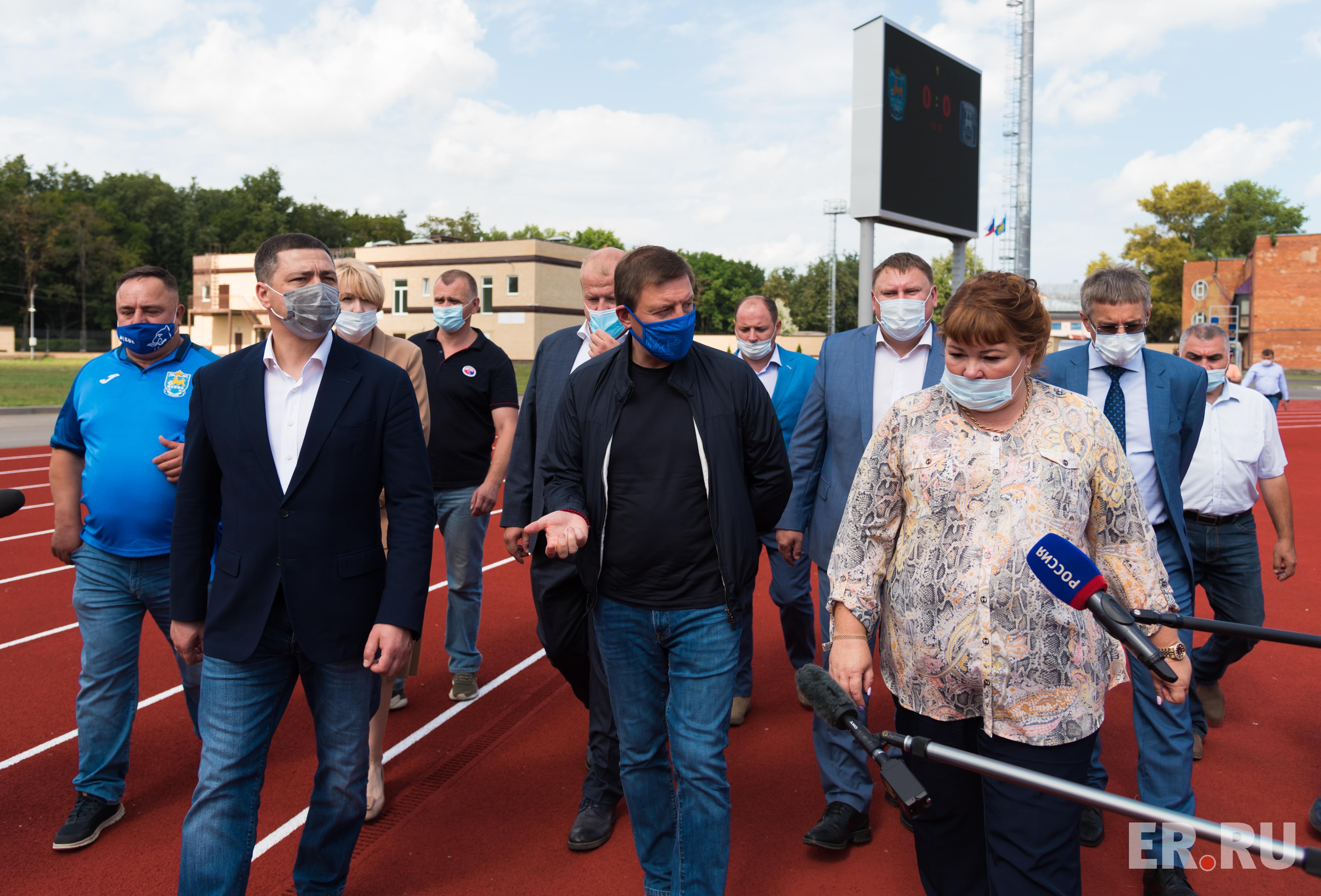 Андрей Турчак посетил стадион «Машиностроитель»