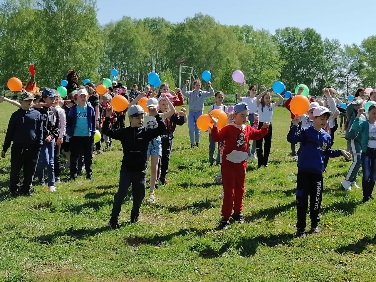 В Назаровском районе состоялись праздничные мероприятия на площадках пришкольных летних лагерей