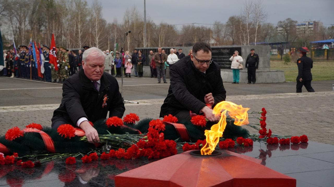 Владислав Зырянов в Минусинске  9 мая у Вечного Огня