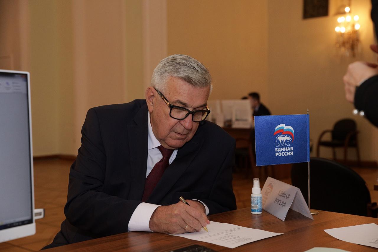 Михаил Тарасенко