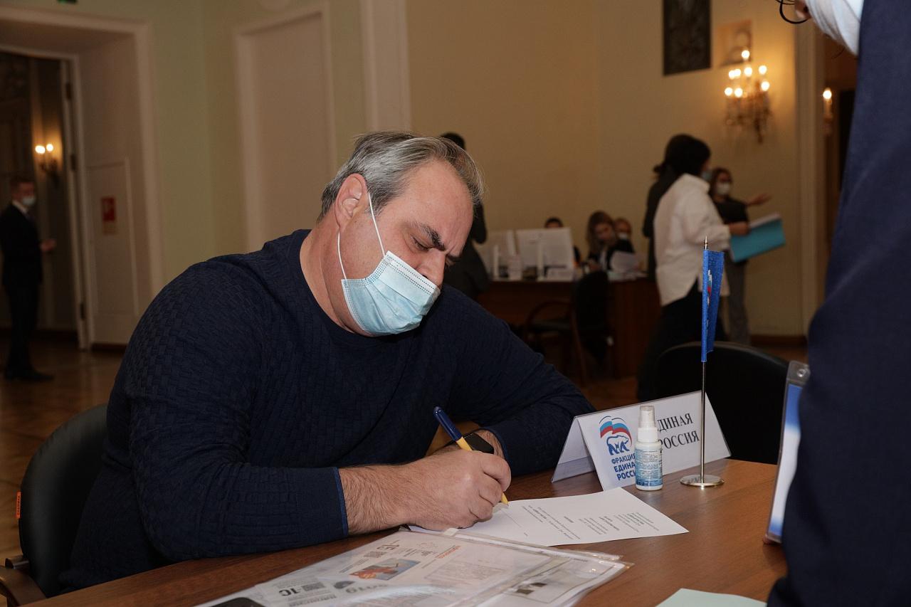 Алексей Веллер