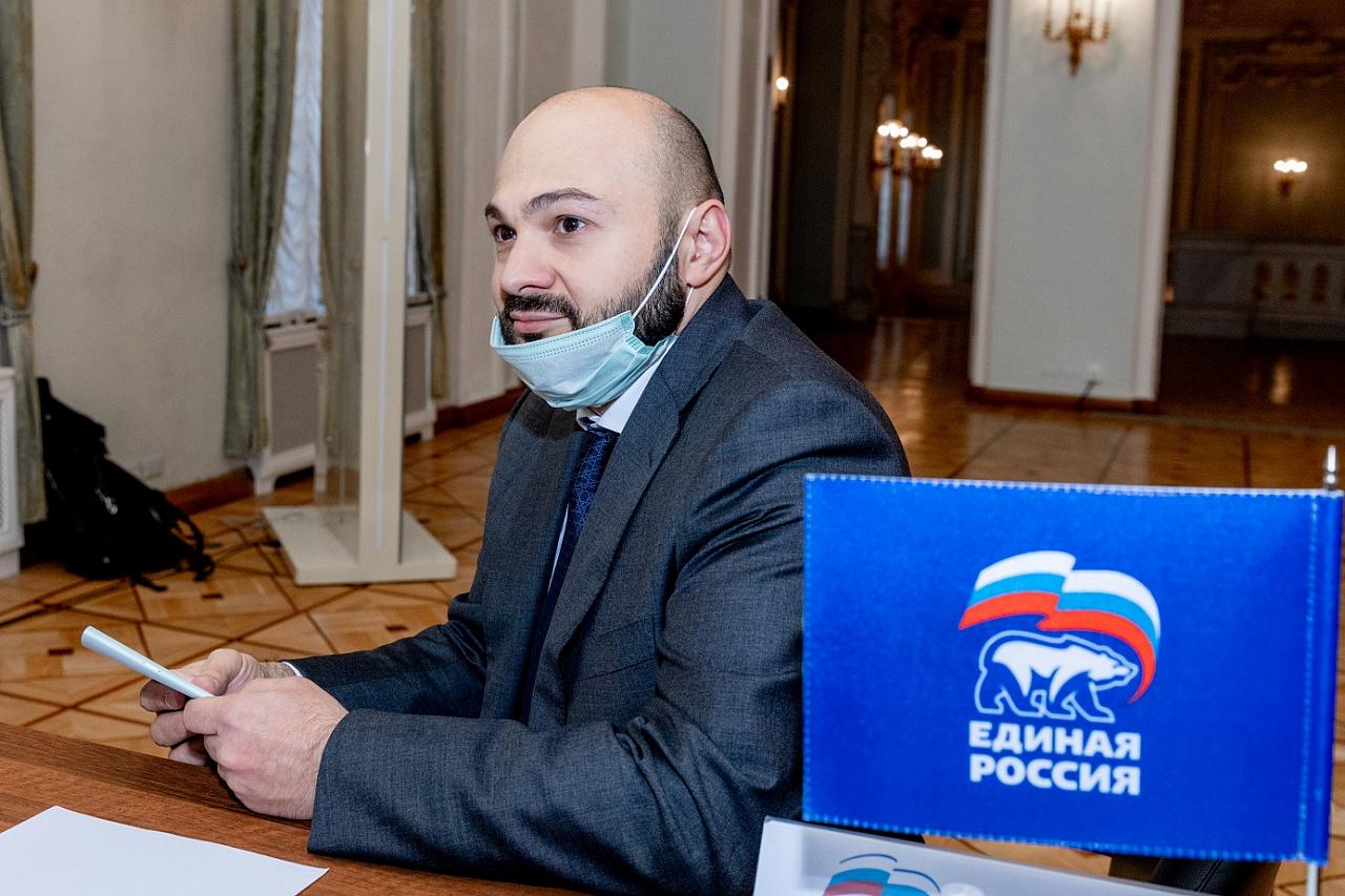Руслан Гаджиев