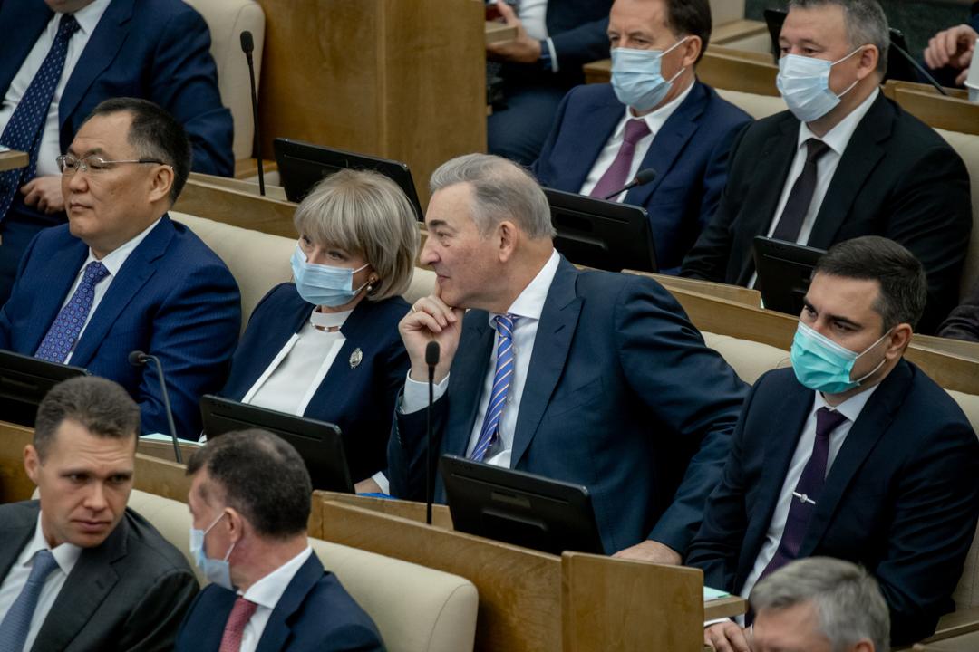Первое пленарное заседание Госдумы VIII созыва. Фото: er-gosduma