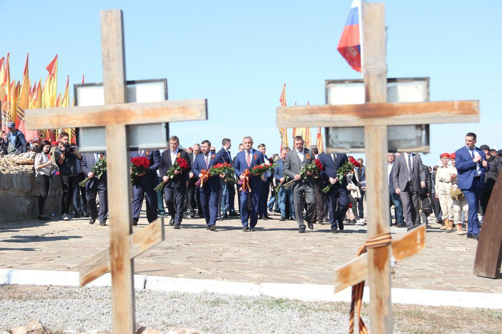 «Единая Россия» вместе с Героями России и Донбасса почтит память защитников Отечества