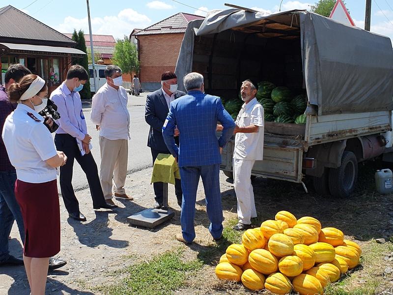 В Ингушетии штрафуют за незаконную продажу бахчевых!