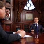Медведев не уйдет в отпуск во время избирательной кампании