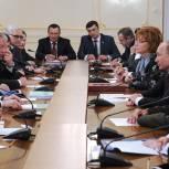 «Единая Россия» и ОНФ гарантируют стабильность страны
