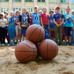 Детям - спортивно-игровую площадку!