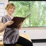 Правительство увеличило размер пособий по беременности и родам