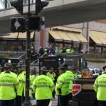 """Теракт в Бостоне: видеокамеры """"видели"""" двух подрывников, их ищут"""