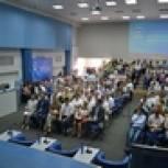 Смоленские единороссы прошли обучение в партийной школе