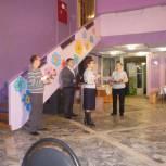 Сысольские партийцы поздравили женщин с 8 марта