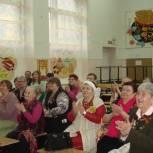 Для ветеранов организовали праздничный концерт