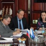 Единороссы обсудили вопросы строительства в регионе