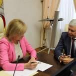 Челябинские партийцы подали список кандидатов на выборы в избирком