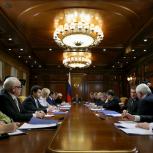 Медведев поручил ввести льготы на капремонт для пожилых людей