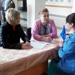 В День России местная приемная партии Рязанского района провела выездную консультацию