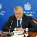 Олег Ковалев: К сентябрю основные дорожные работы в райцентрах должны быть завершены