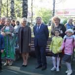 В Клинском районе продолжают устанавливать детские игровые комплексы