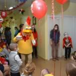 Дети из «онкоцентра» в Хабаровске получили подарки на Новый год