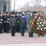 Хабаровские единороссы возложили цветы к Вечному огню в честь Дня защитников Отечества
