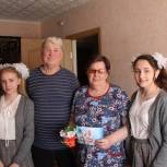 Ветеранов труда из Аркадака поздравили с 1 мая