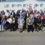 В Перелюбе  в День Победы партийцы поздравили  ветеранов и посетили мемориал погибшим воинам