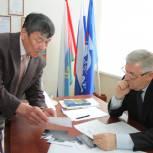 Депутат Госдумы Эрнест Валеев провел прием гражданв Ишиме
