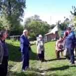 Виктор Бабурин обсудил вопросы населения в д. Нелюбовка