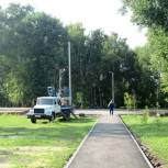 В Ряжске завершаются работы по освещению Железнодорожного парка