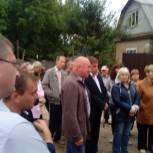 Партийцы помогли наладить водоснабжение в саратовском поселке Пески