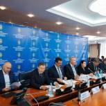 Борис Хохряков принял участие в заседании Совета Законодателей