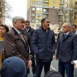 В рамках партпроекта во дворах Назрани и Карабулака высадили деревья