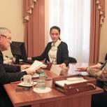 Валеев провел прием граждан по вопросам ЖКХ в Тюмени