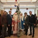 Координаторы партпроектов «Единой России» устроили новогодний праздник для пациентов Хабаровской туберкулезной больницы