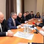 В Пензе открылся штаб кандидата в президенты России Владимира Путина