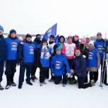 Единороссы приняли участие в «Лыжне России»