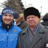 Иван Кузьмин поздравил саратовцев с Масленицей