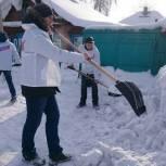 В Ленинске - Кузнецком продолжают оказывать помощь одиноко проживающим пенсионерам